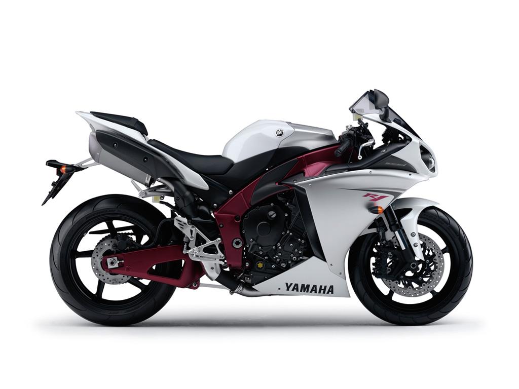 Yamaha R1 -09