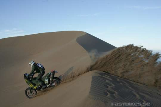 fb_dakar2010-race2