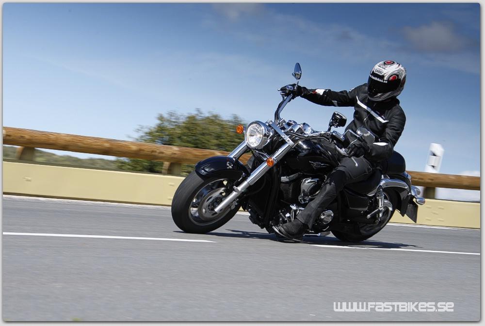 Naken motorcykel modeller